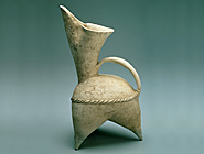 White Pottery Gui Pitcher
