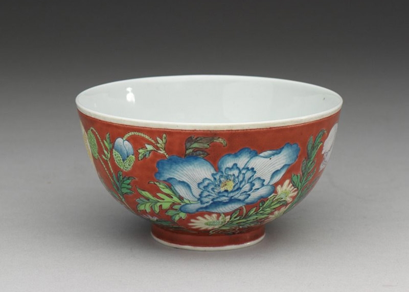 Story of an Artistic Style: The Imperial Porcelain with Painted Enamels of Emperor Kangxi